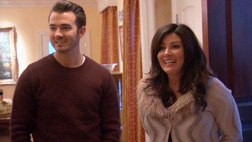 Kevin and Dani Jonas Go House Shopping