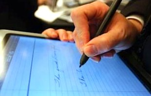 5 Reasons You Should Make the Switch to Electronic Signature Technology
