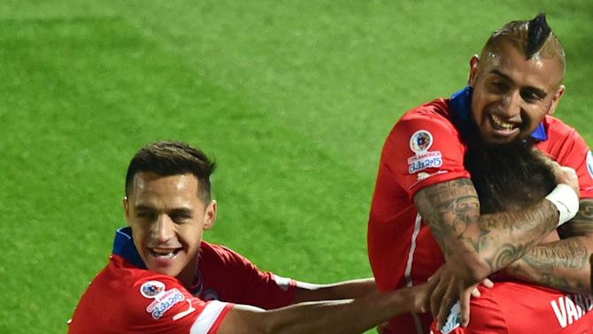 Alexis and Vidal doubts to face Brazil