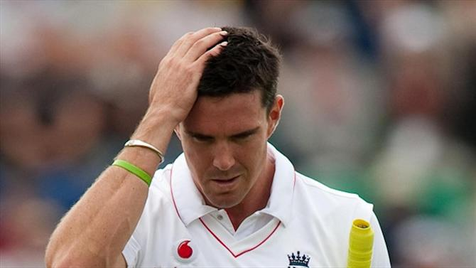Cricket - Axed Pietersen sinks boot into struggling England