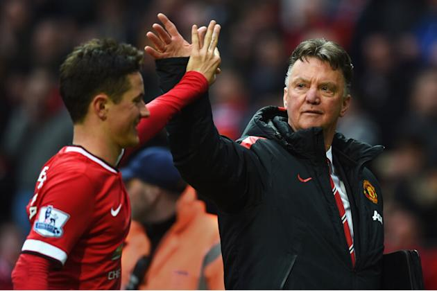 Manchester United: Barcelona monitoring Ander Herrera amid struggling situation under Louis van Gaal