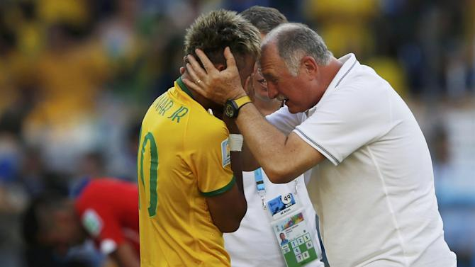 World Cup - Neymar's agent: 'Scolari is old, arrogant and ridiculous'
