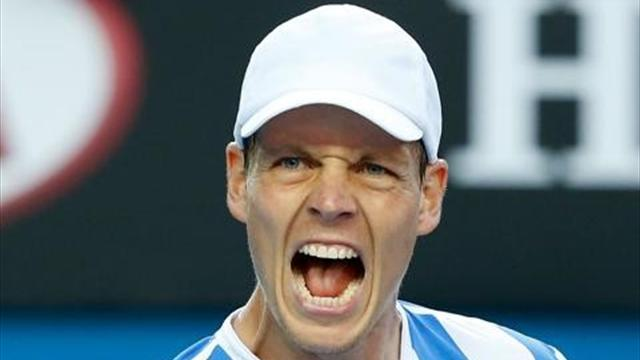 Australian Open - Berdych sets up quarter-final date with Ferrer