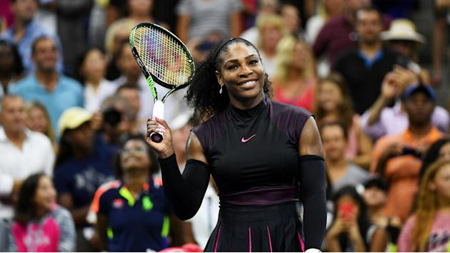 U.S. Open 16: Serena Williams shows no effects of shoulder injury in first-round win