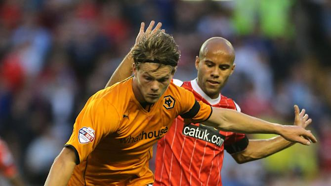 Soccer - Johnstones Paint Trophy - Wolverhampton Wanderers v Walsall - Molineux