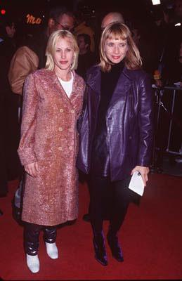 Premiere: Patricia Arquette and Rosanna Arquette at the Westwood premiere of Miramax's Jackie Brown - 12/11/1997