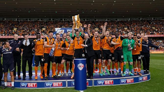 Championship - Wolves warned over pitch invasions