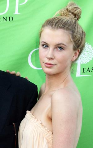 """Ireland Baldwin Signs With Modeling Agency, Says She Feels """"Blessed, Happy"""""""