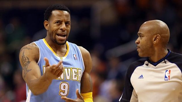 Andre Iguodala of the Denver Nuggets reacts to an official (AFP)