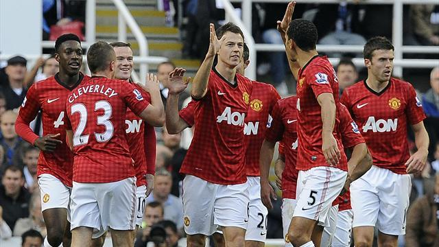 Premier League - Evans and Evra on target as United go second