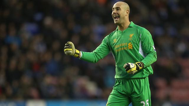 Premier League - Rodgers: Reina finished at Liverpool after 'great big letter'