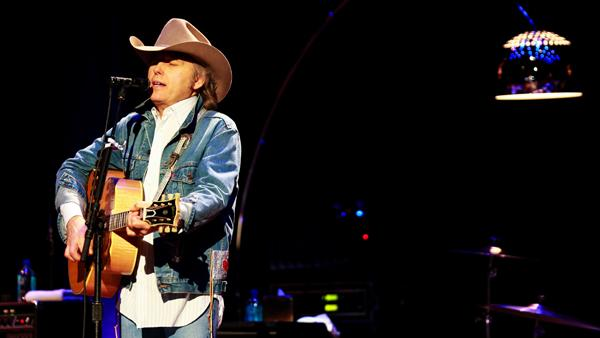 Dwight Yoakam Rocks Nashville