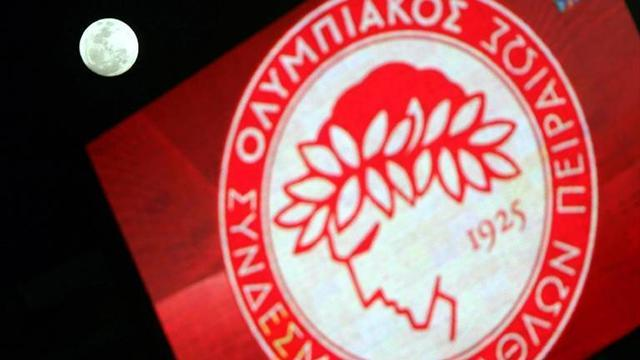 European Football - Olympiacos seal 40th Greek title