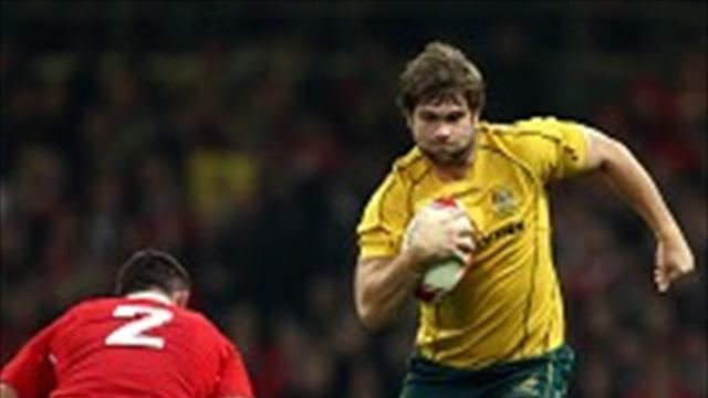 Rugby - McCalman inks new Australia deal