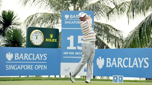 Golf - Bjorn edges ahead in Singapore third round