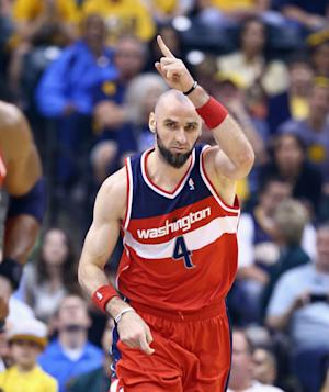 Wizards stay alive with 102-79 blowout at Indiana