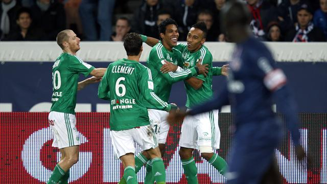 Ligue 1 - Ibrahimovic sent off as PSG lose to St Etienne