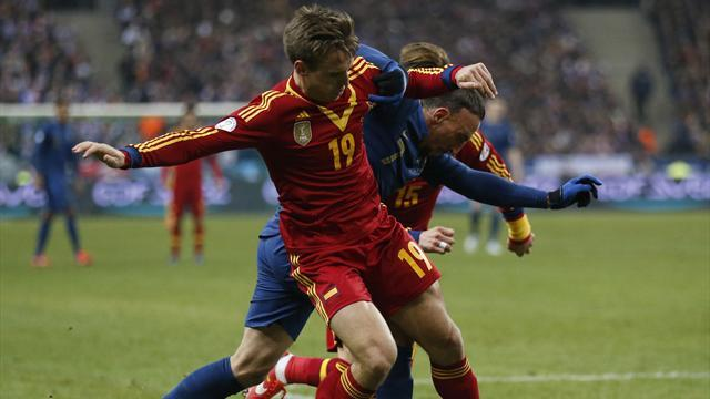Liga - Valdes and Monreal testimony to Spain's strength in depth