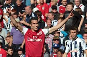 Van Persie: I want to win Euro 2012 and then the Champions League