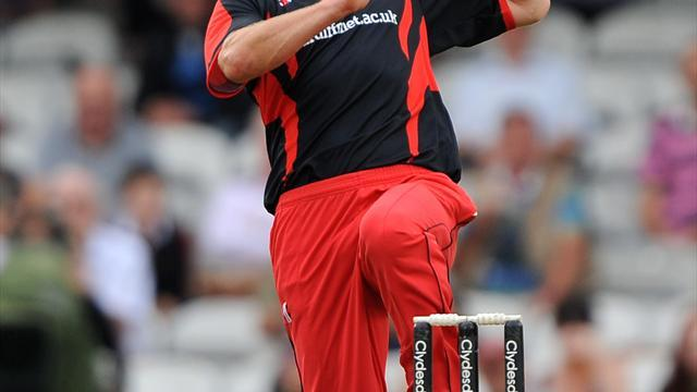 County - Wagg extends Glamorgan stay