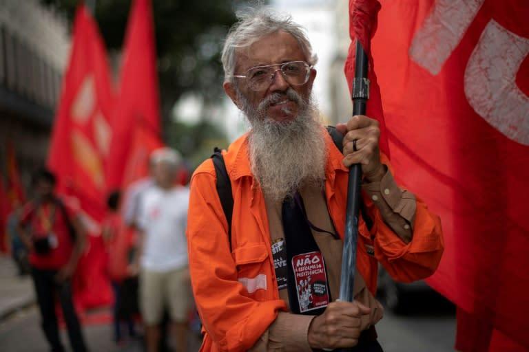 Petroleros en huelga abren otro frente de crisis en Brasil