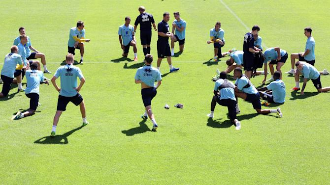 Soccer - Barclays Premier League - Norwich City Open Training Session - Carrow Road
