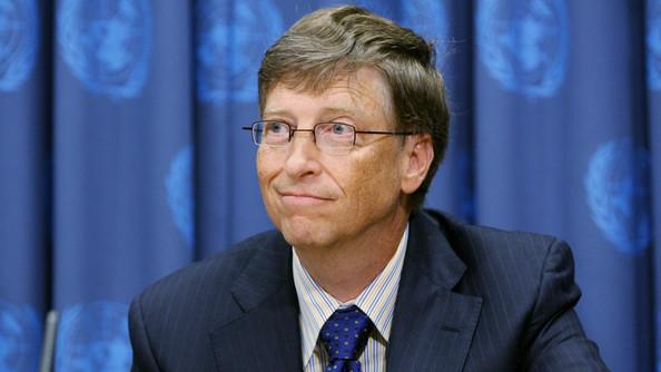 Where does this man rank among the 10 richest Americans?