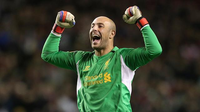 Premier League - Reina calls for reinforcements