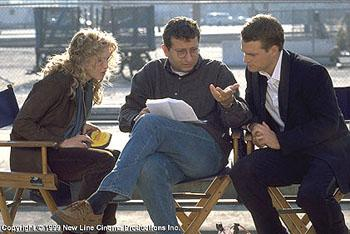 Renee Zellweger , Director Gary Sinyor and Chris O'Donnell on the set of The Bachelor