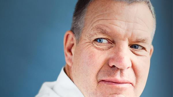 Where does Chip Wilson rank among Canada's 10 wealthiest people?
