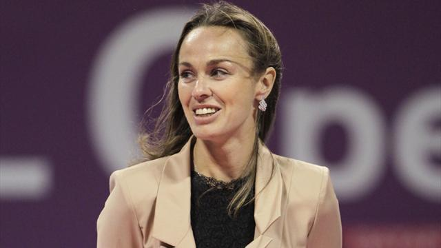 Tennis - Hingis tops list of 2013 Hall of Fame class