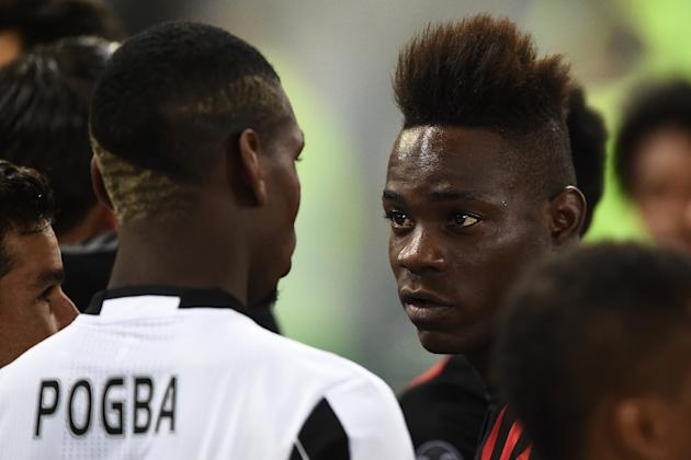 Mario Balotelli (R) spent last season on loan at AC Milan but the Italian side chose not to extend the deal