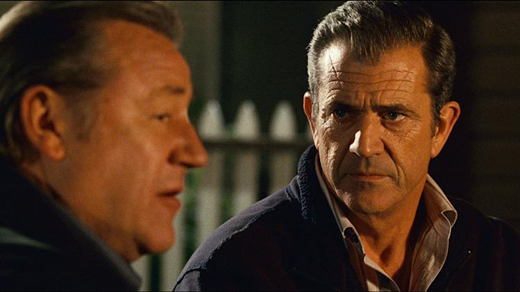 Edge of Darkness 2010 Warner Bros. Pictures Ray Winstone Mel Gibson