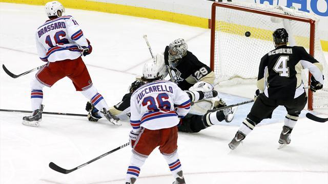 NHL - Playoff wins for Rangers and Blackhawks