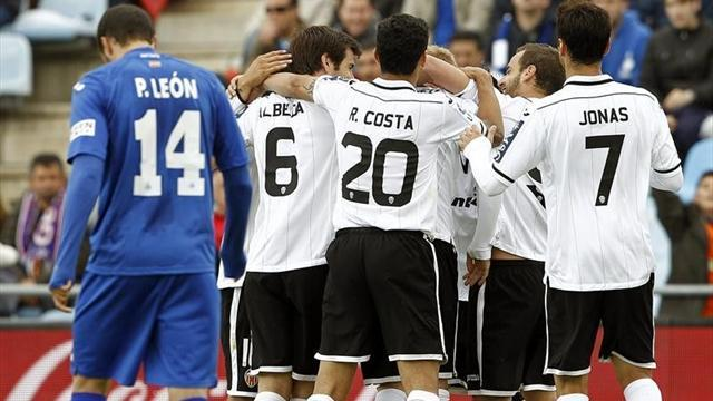Liga - Mathieu fires Valencia to win at Getafe