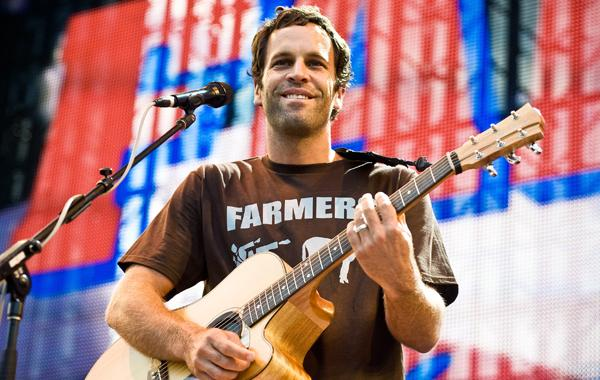Jack Johnson Donates $50,000 to Sandy Recovery Efforts