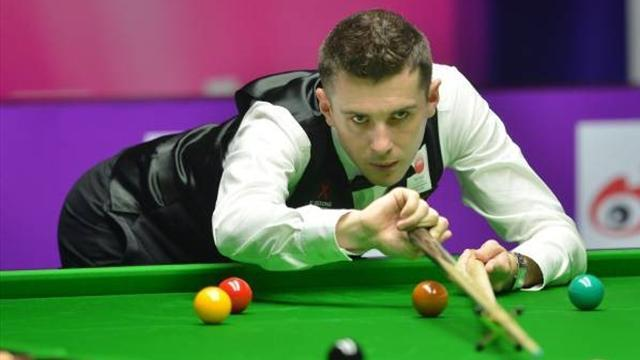 Snooker - Selby strides through in Germany