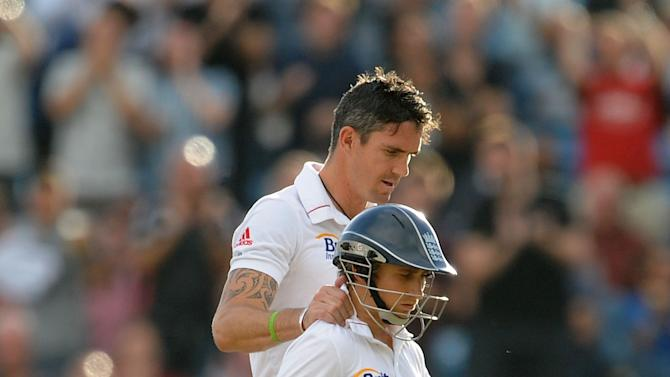 James Taylor, right, praised Kevin Pietersen's innings against South Africa