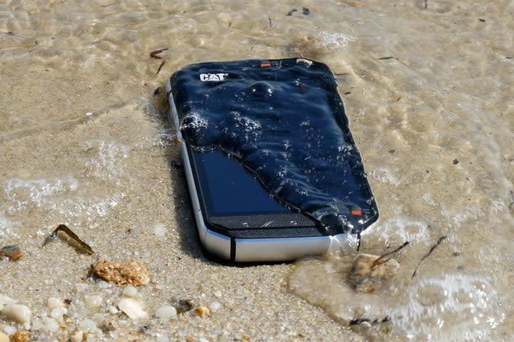 mejores celulares resistentes al agua