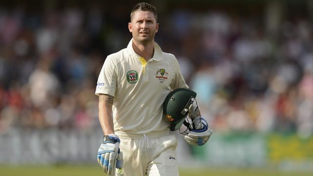 Ashes - Clarke dismisses questions over rift