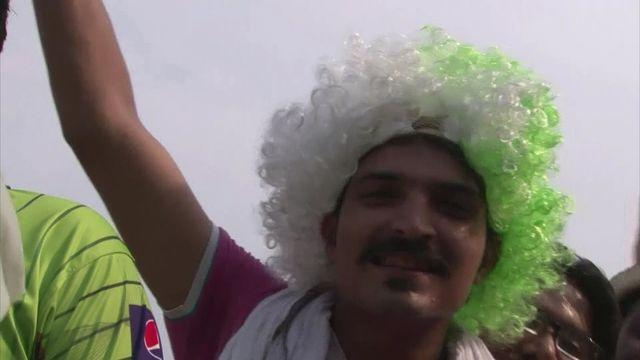 Pakistan fans flock to first home game in six years