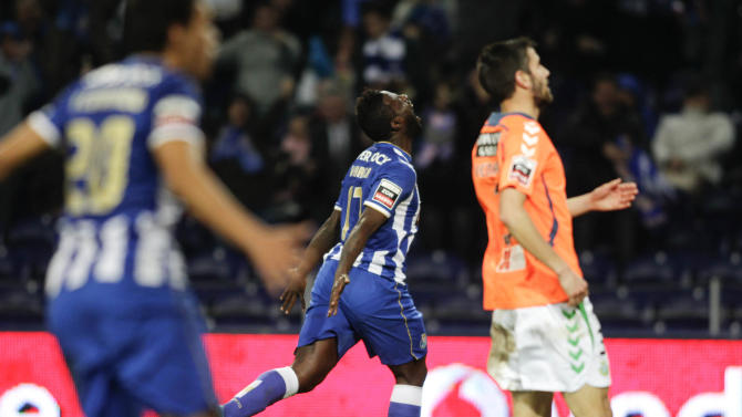 Porto's Varela celebrates his goal against Vitoria Setubal during their Portuguese Premier League soccer match at Dragao stadium in Porto