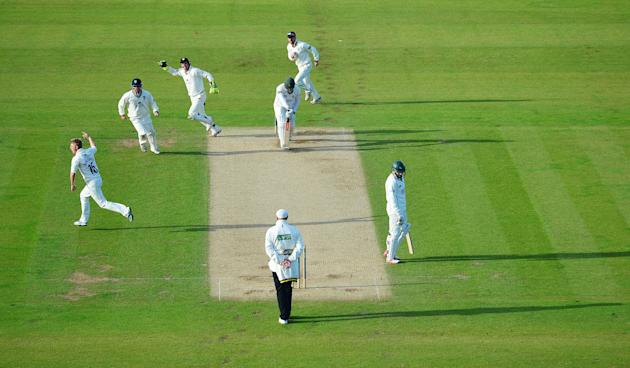 Cricket - LV= County Championship - Division One - Durham v Nottinghamshire - Day Two - Emirates Durham ICG