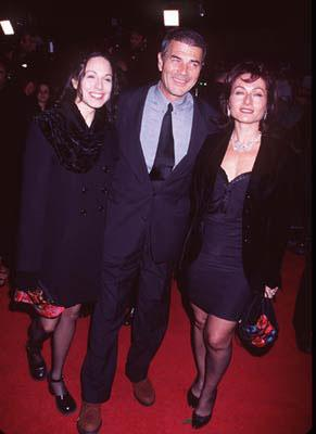 Premiere: Robert Forster with the women at the Westwood premiere of Miramax's Jackie Brown - 12/11/1997