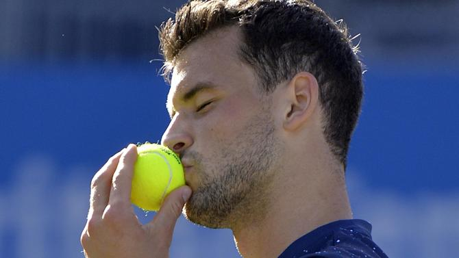 Tennis - Dimitrov downs Lopez to win title at Queens