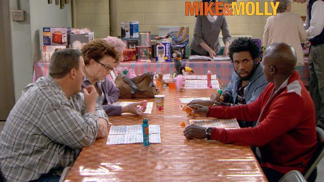 Mike & Molly - Bingo Night