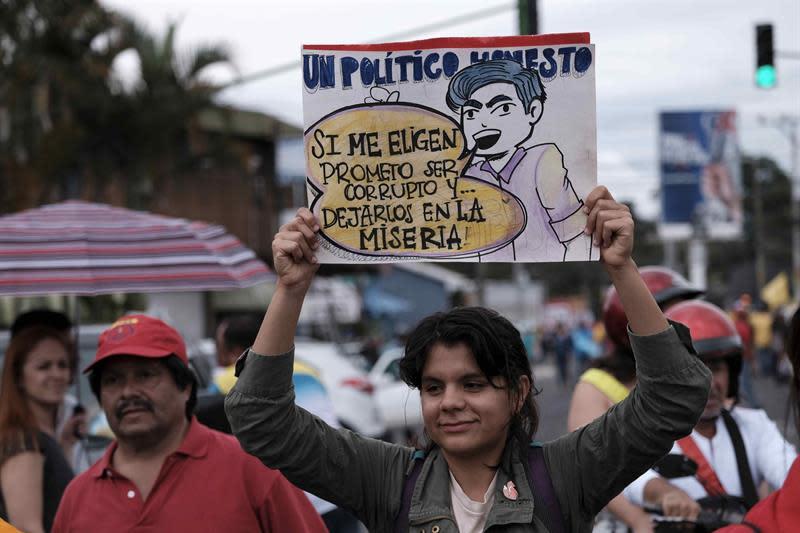 """La reforma fiscal, el """"trago amargo"""" que levantó a los sindicatos en Costa Rica"""