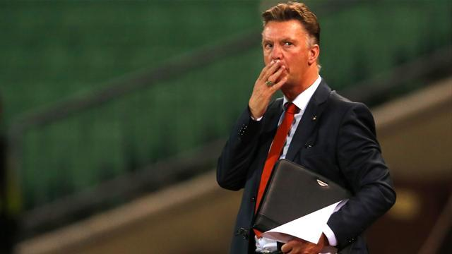 Premier League - Paper Round: Van Gaal expects imminent United meeting