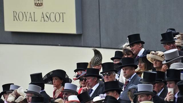 Horse Racing - Animal Kingdom flops at Royal Ascot, Dawn Approach shines