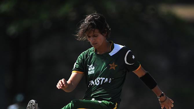 Australia Women v Pakistan Women - ICC Women's World Twenty20 2012: Group A